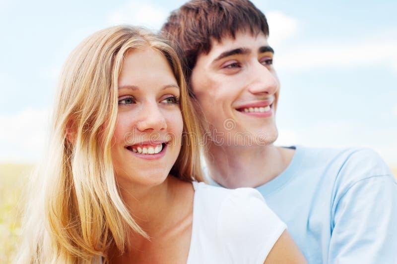 ευτυχές smiley ζευγών στοκ εικόνα