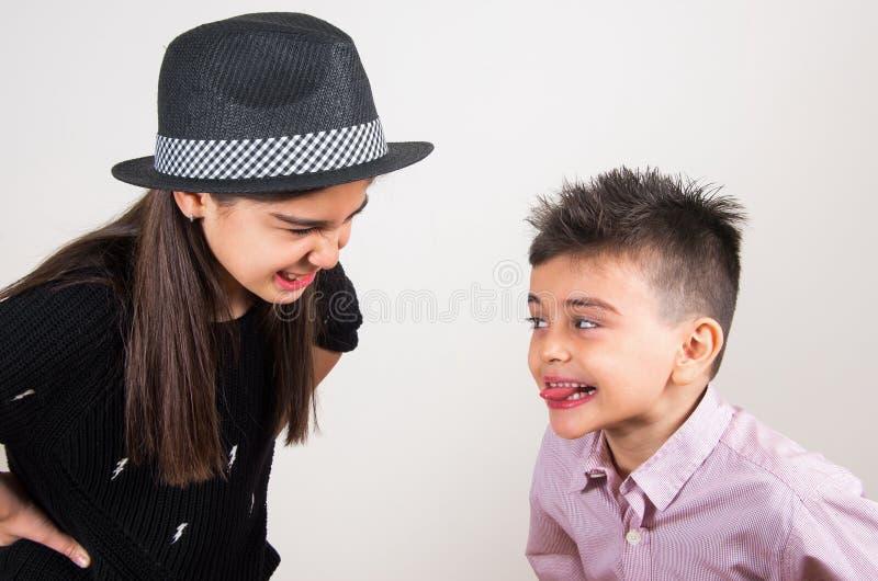 ευτυχής αδελφή αδελφών στοκ εικόνα