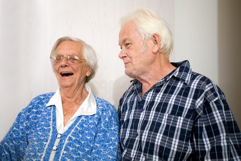 ευτυχής ηλικιωμένος άνθρ στοκ φωτογραφίες