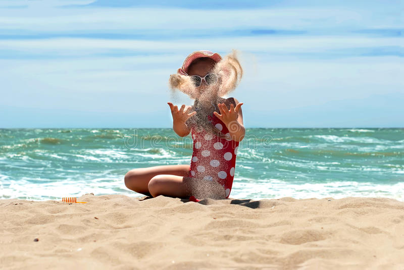 ευτυχής θάλασσα κοριτ&sigm στοκ φωτογραφία με δικαίωμα ελεύθερης χρήσης