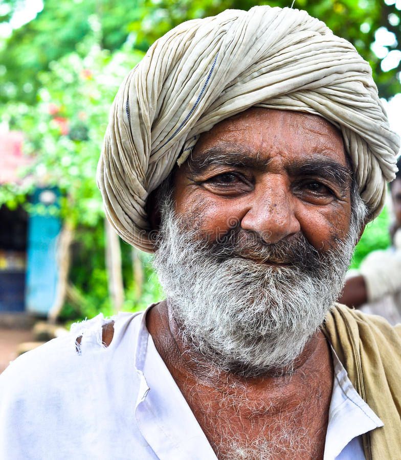 ευτυχής ινδικός χωρικός στοκ φωτογραφία