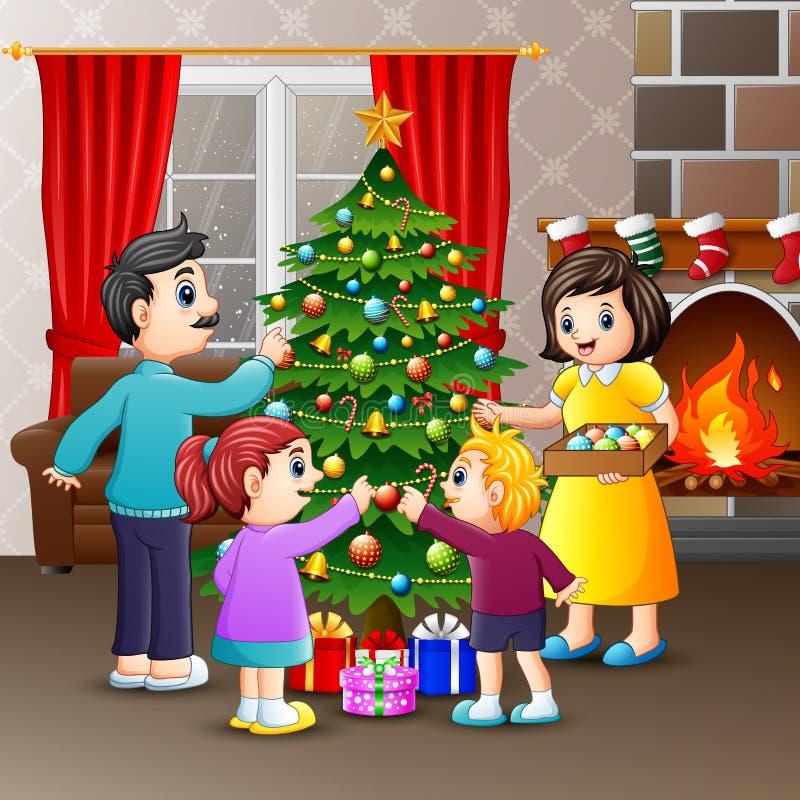 Ευτυχής οικογενειακή διακόσμηση ένα χριστουγεννιάτικο δέντρο από κοινού ελεύθερη απεικόνιση δικαιώματος