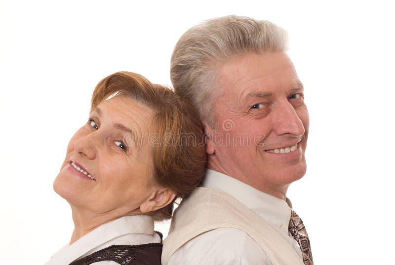Ευτυχής παλαιά στάση ζευγών στοκ φωτογραφία