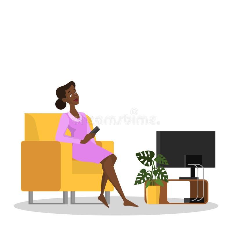 Ευτυχής συνεδρίαση γυναικών στη TV πολυθρόνων και ρολογιών απεικόνιση αποθεμάτων
