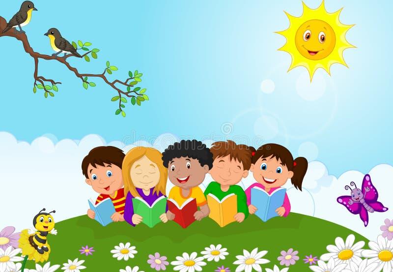 Ευτυχής συνεδρίαση κινούμενων σχεδίων παιδιών στη χλόη διαβάζοντας τα βιβλία διανυσματική απεικόνιση