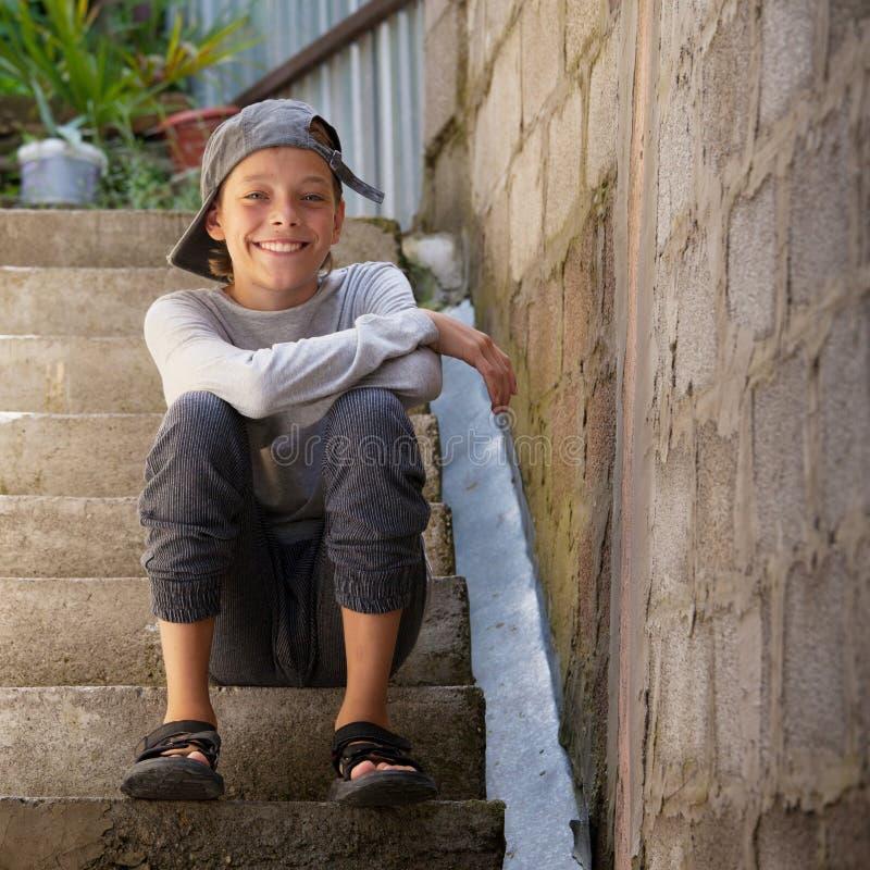 ευτυχής υπαίθρια έφηβος στοκ εικόνες με δικαίωμα ελεύθερης χρήσης