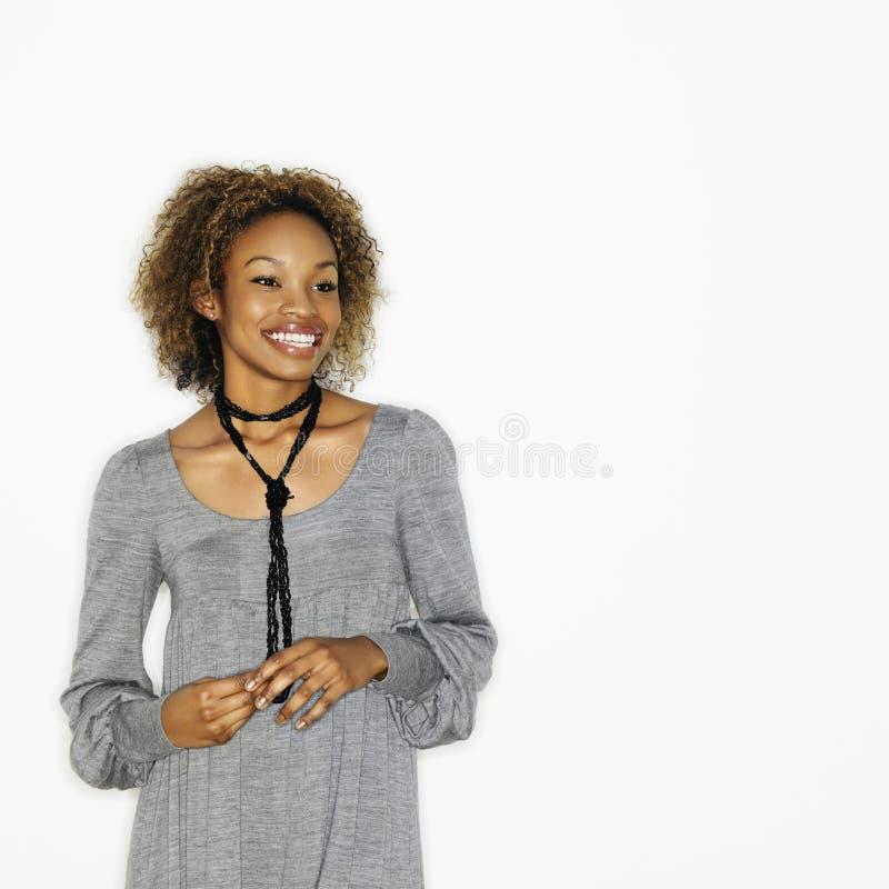 ευτυχής όμορφη γυναίκα στοκ φωτογραφία με δικαίωμα ελεύθερης χρήσης