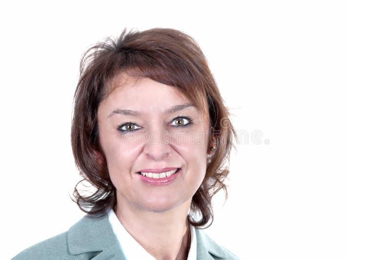 Ευτυχής ώριμη γυναίκα με το μεγάλο χαμόγελο στοκ εικόνες με δικαίωμα ελεύθερης χρήσης