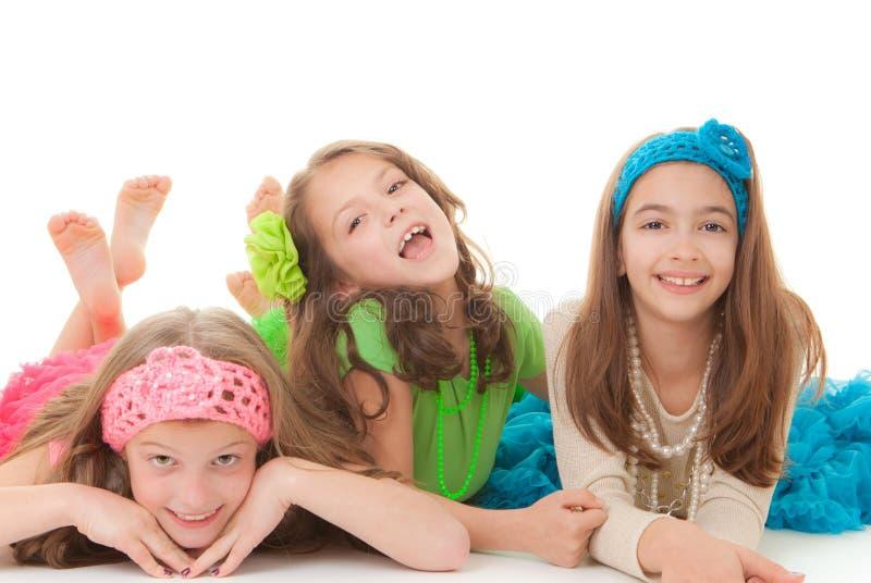 Ευτυχή μικρά κορίτσια στοκ φωτογραφία