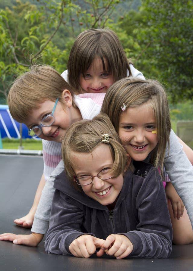 Ευτυχή παιδιά στοκ εικόνες με δικαίωμα ελεύθερης χρήσης