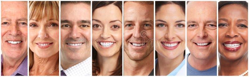 Ευτυχή πρόσωπα ανθρώπων καθορισμένα στοκ εικόνες