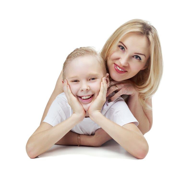 Ευτυχείς μητέρα και γιος στοκ φωτογραφίες με δικαίωμα ελεύθερης χρήσης