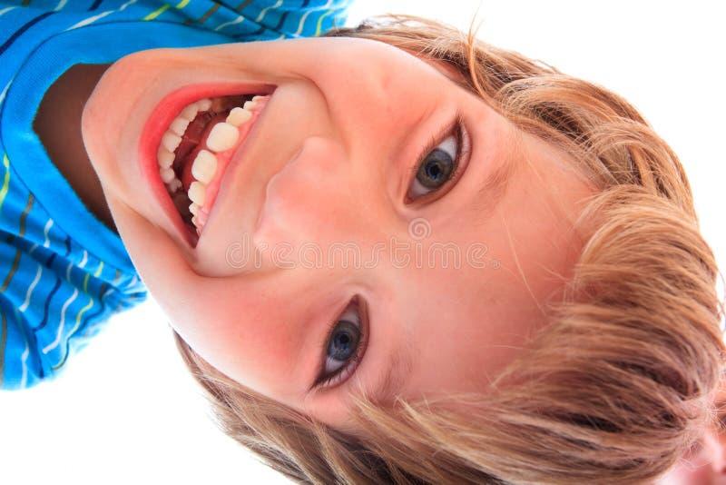 ευτυχείς νεολαίες πορ στοκ εικόνες