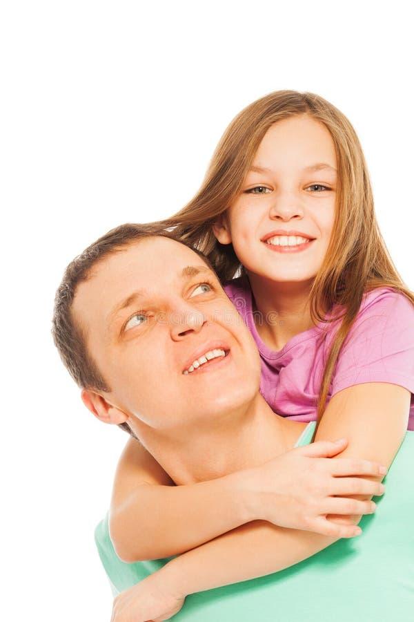 Ευτυχείς χαμογελώντας πατέρας και κόρη στοκ εικόνες με δικαίωμα ελεύθερης χρήσης