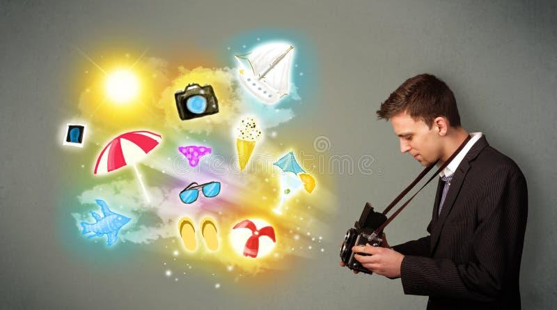 Εφηβικός φωτογράφος που κάνει τις φωτογραφίες χρωματισμένων των διακοπές εικονιδίων ελεύθερη απεικόνιση δικαιώματος