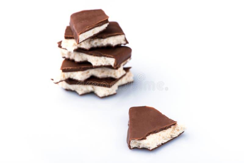 Εύγευστα κομμάτια της σοκολάτας φωτογραφία τροφίμων γλυκιάς σοκολάτας στοκ εικόνα με δικαίωμα ελεύθερης χρήσης