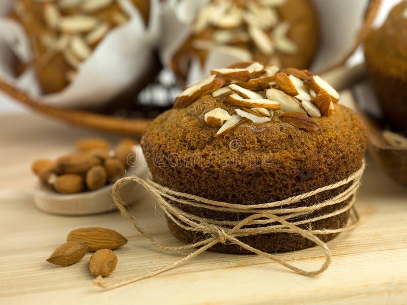 Εύγευστα muffins αμυγδάλων στοκ φωτογραφία