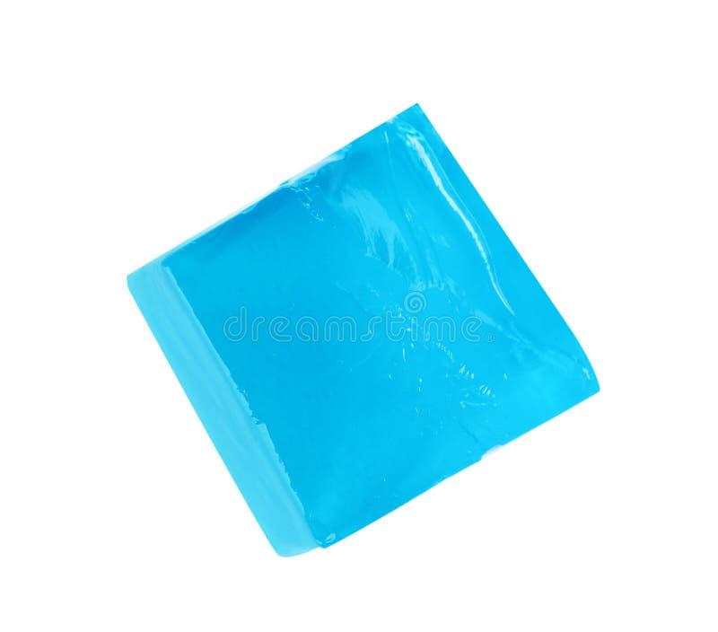 Εύγευστος μπλε κύβος ζελατίνας στο άσπρο υπόβαθρο στοκ εικόνα με δικαίωμα ελεύθερης χρήσης