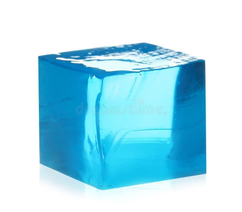 Εύγευστος μπλε κύβος ζελατίνας στο λευκό στοκ εικόνα με δικαίωμα ελεύθερης χρήσης