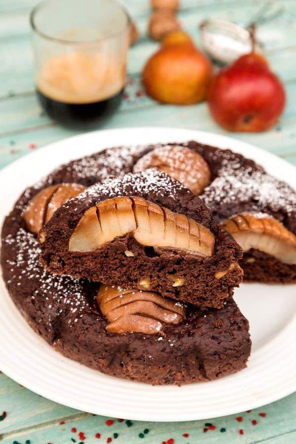 Εύγευστο κέικ αχλαδιών και σοκολάτας στοκ εικόνες