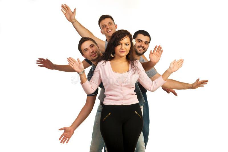 Εύθυμοι φίλοι που εμφανίζουν χέρια τους στοκ φωτογραφία