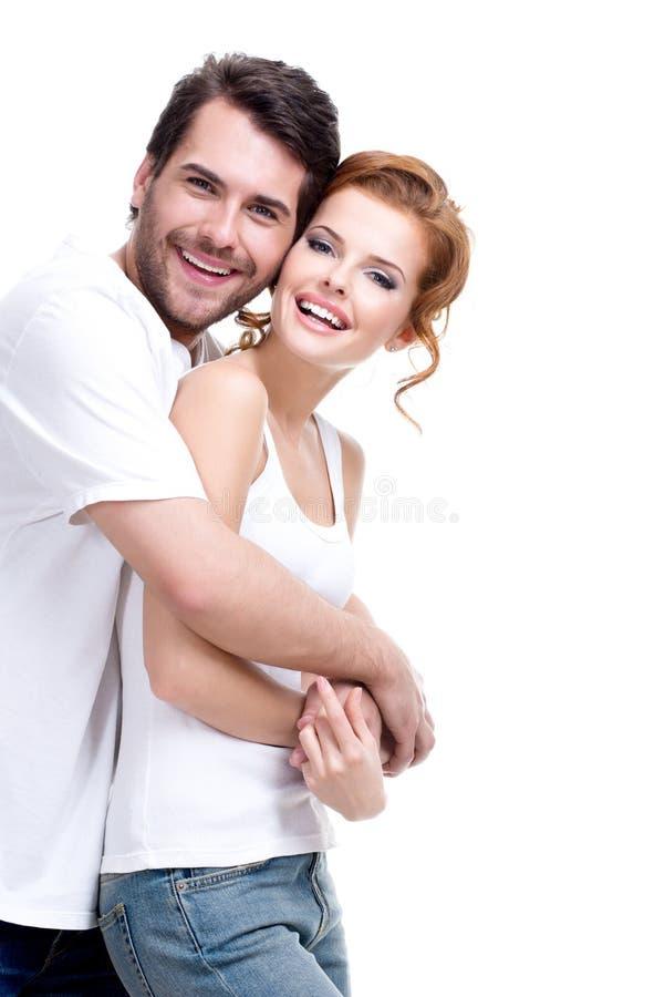 Εύθυμο ευτυχές νέο ζεύγος. στοκ φωτογραφίες