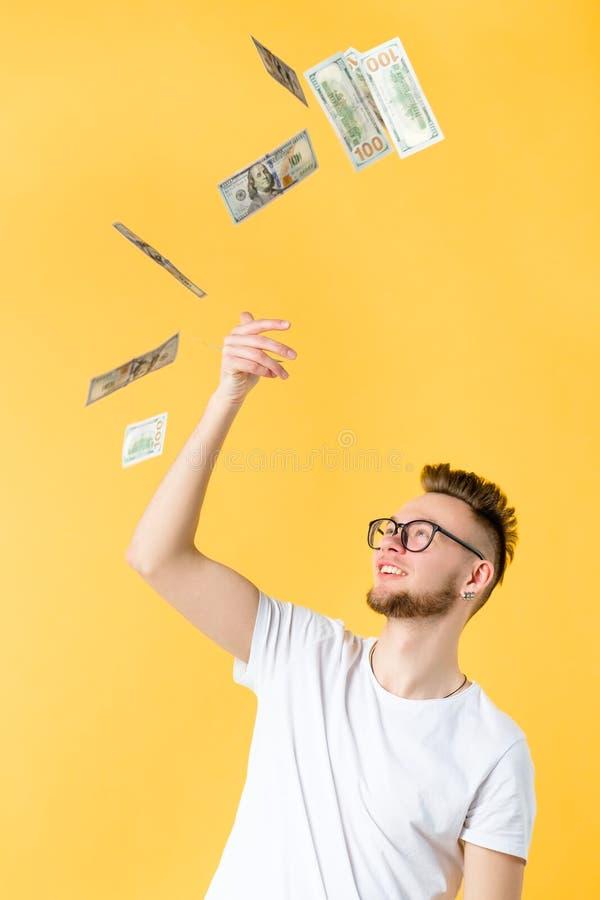 Εύκολο πορτρέτο τύπων εισοδηματικού επιτυχές hipster στοκ φωτογραφία