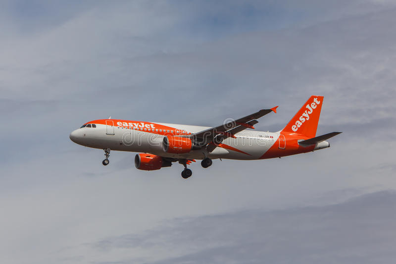 Εύκολο αεριωθούμενο αεροπλάνο - airbus A320 στοκ φωτογραφίες με δικαίωμα ελεύθερης χρήσης