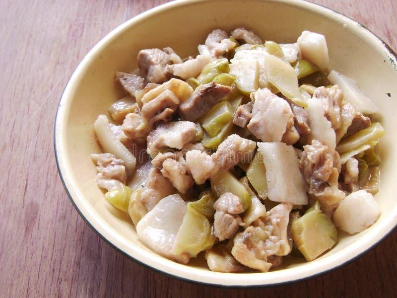 Εύκολο κινεζικό παστωμένο είσοδος τηγανισμένο βολβός κρέας μουστάρδας στοκ εικόνα