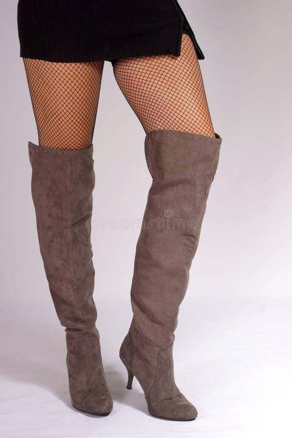 Εύμορφα πόδια στοκ εικόνα με δικαίωμα ελεύθερης χρήσης