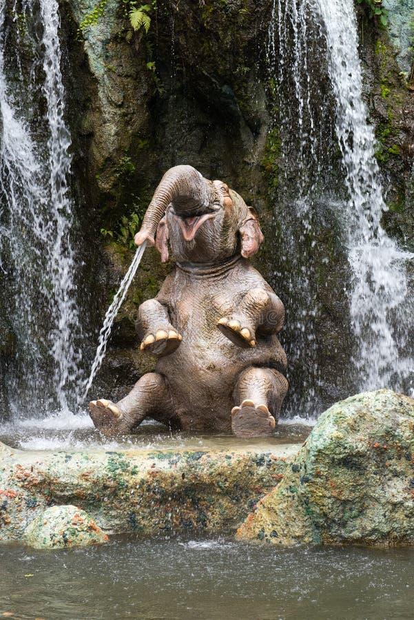 Ελέφαντας κρουαζιέρας παγκόσμιων ζουγκλών της Disney στοκ εικόνες