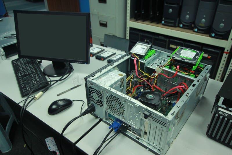Ελαττωματικός υπολογιστής για να είναι αποτύπωση στοκ φωτογραφία