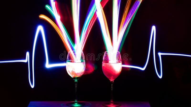Ελαφριά γυαλιά κρασιού στοκ εικόνες με δικαίωμα ελεύθερης χρήσης