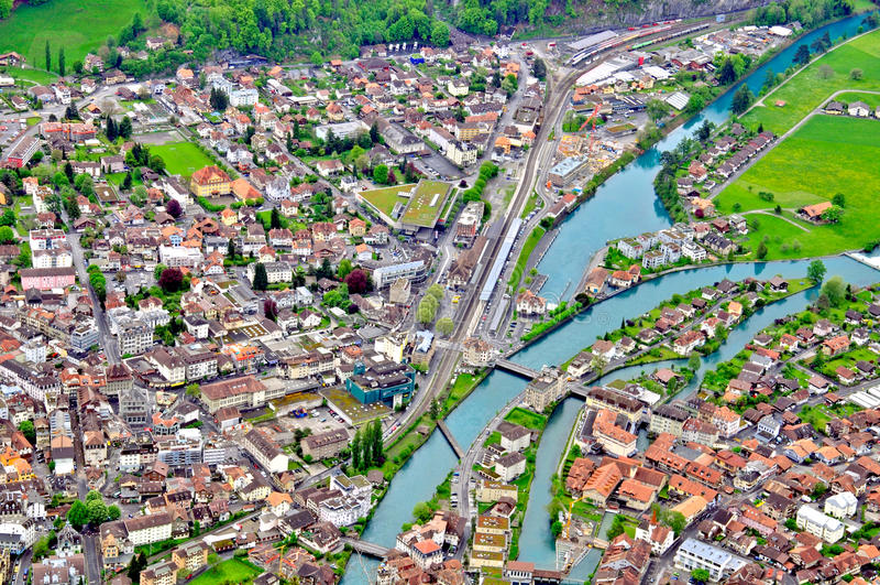 Ελβετική πόλης τοπ άποψη στοκ φωτογραφία με δικαίωμα ελεύθερης χρήσης