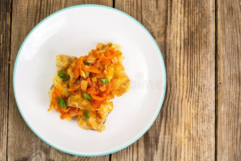 Ελληνικά πιάτα ψαριών και συνταγή στοκ εικόνα