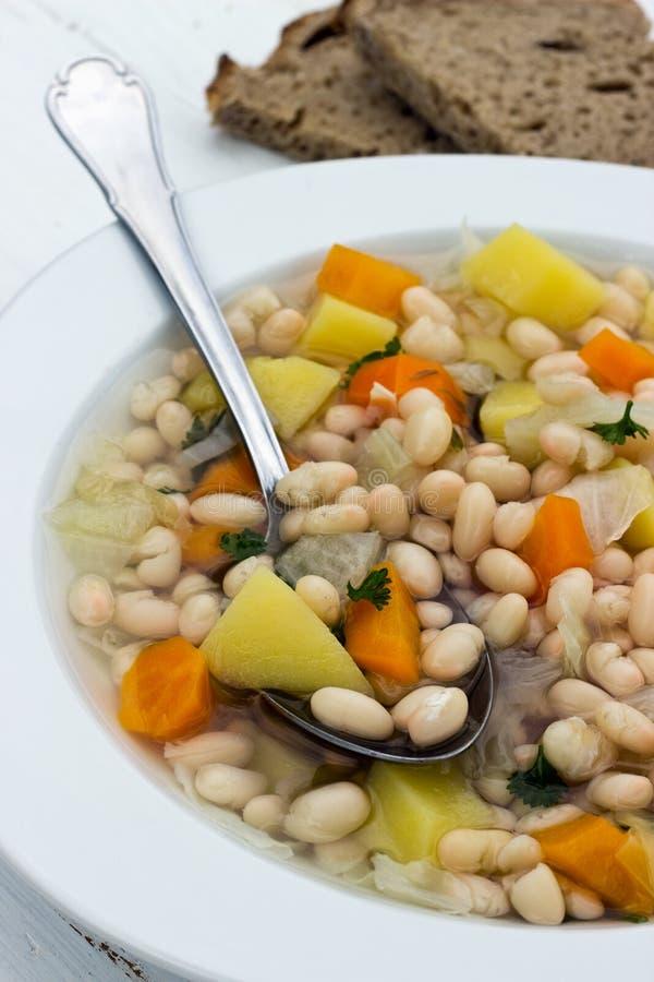 ελληνική σούπα τροφίμων φασολιών παραδοσιακή στοκ φωτογραφία