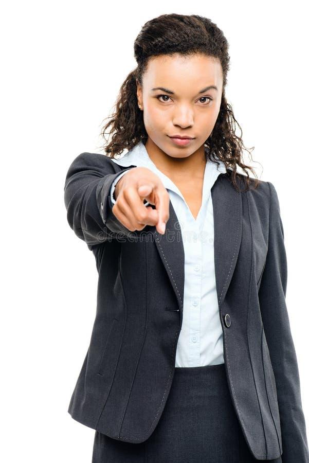 Ελκυστική υπόδειξη επιχειρηματιών αφροαμερικάνων που απομονώνεται στο W στοκ εικόνα με δικαίωμα ελεύθερης χρήσης