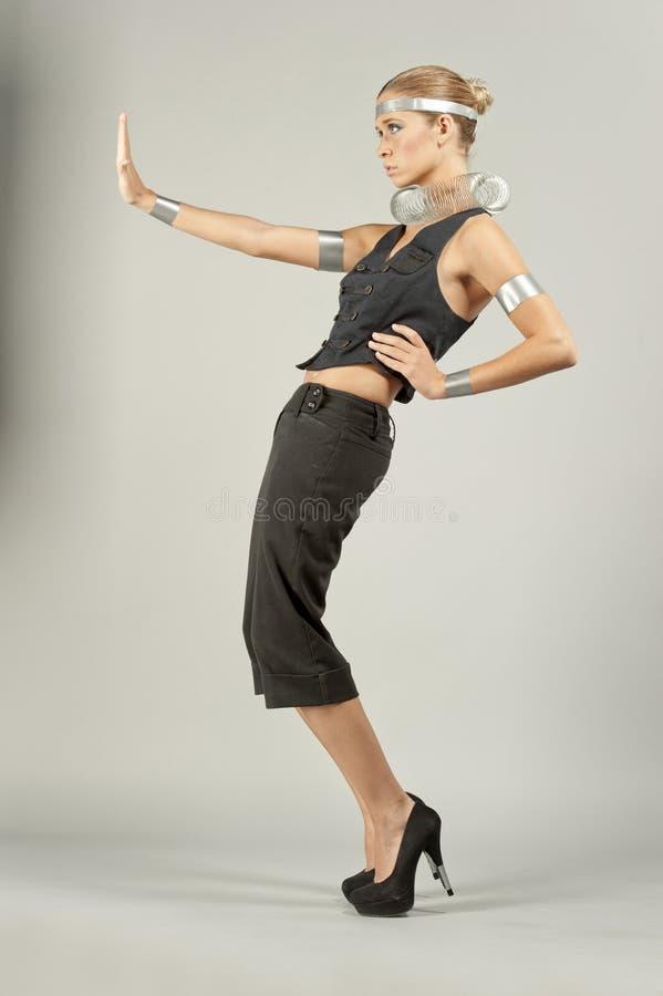 ελκυστικό θηλυκό μοντέλ& στοκ φωτογραφία με δικαίωμα ελεύθερης χρήσης
