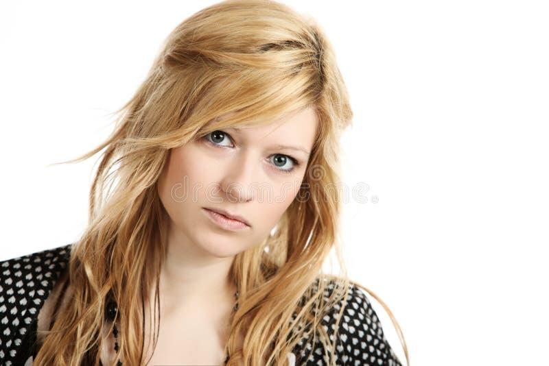 Ελκυστικό ξανθό κορίτσι στοκ εικόνες με δικαίωμα ελεύθερης χρήσης