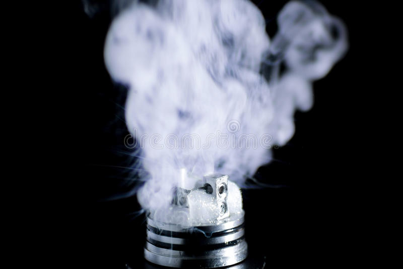 Ε-τσιγάρο vape στοκ φωτογραφίες