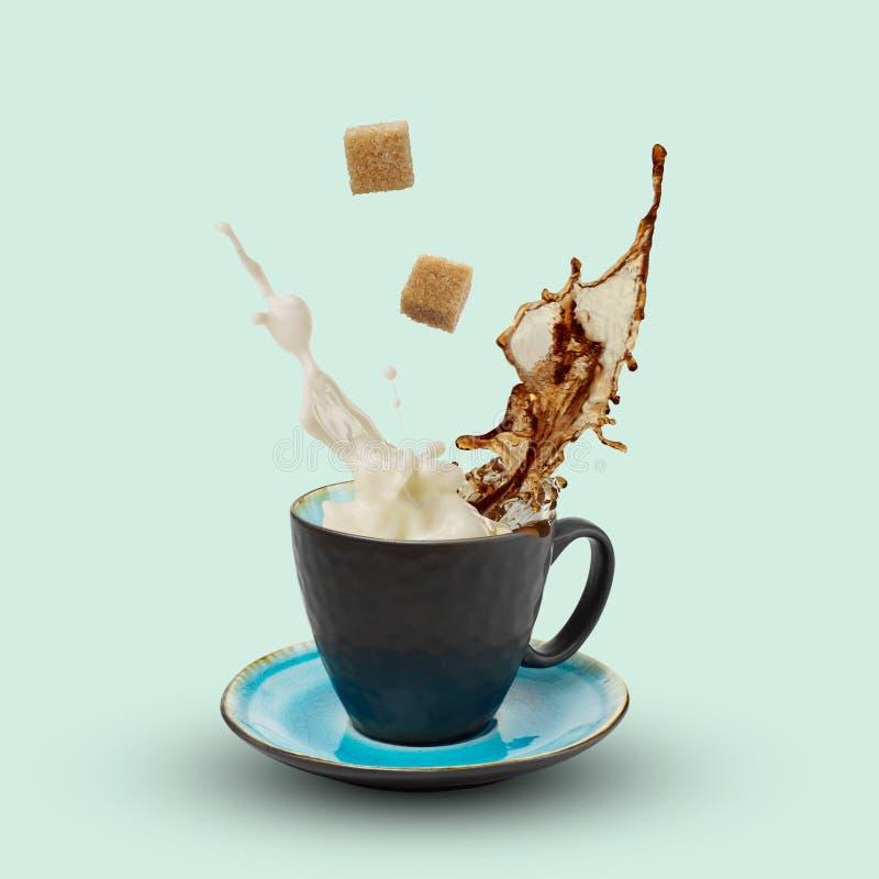 ζάχαρη γάλακτος καφέ στοκ φωτογραφία