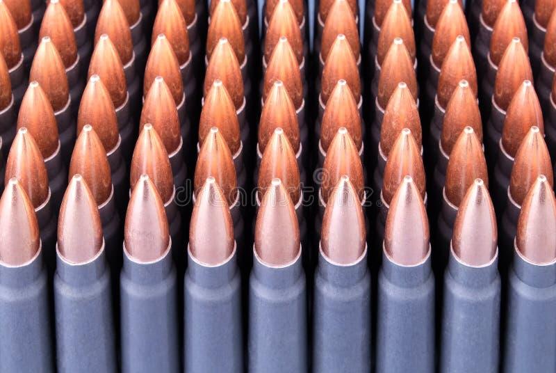 Ζήστε πυρομαχικά για τα όπλα στοκ φωτογραφίες