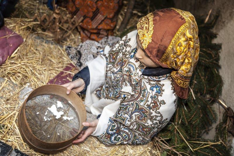 Ζήστε σκηνή nativity που παίζεται από τους τοπικούς κατοίκους Η αναπαράσταση της ζωής του Ιησού με τις αρχαίες τέχνες και το τελω στοκ εικόνες