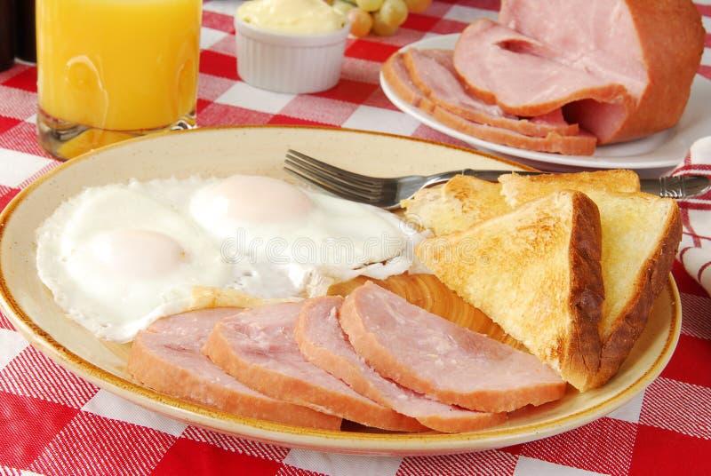 Download ζαμπόν αυγών στοκ εικόνες. εικόνα από τρόφιμα, σάλτσα - 17052294
