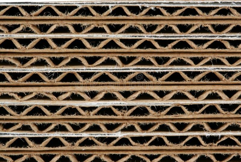 ζαρωμένη χαρτόνι μακροεντολή κιβωτίων που συσσωρεύεται στοκ φωτογραφία