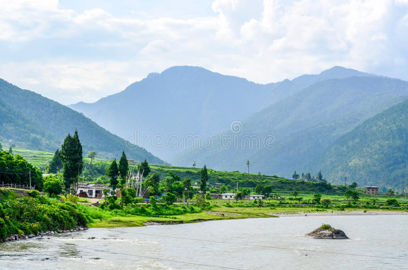 Ζαλίζοντας τοπίο της κοιλάδας Punakha στοκ φωτογραφία με δικαίωμα ελεύθερης χρήσης
