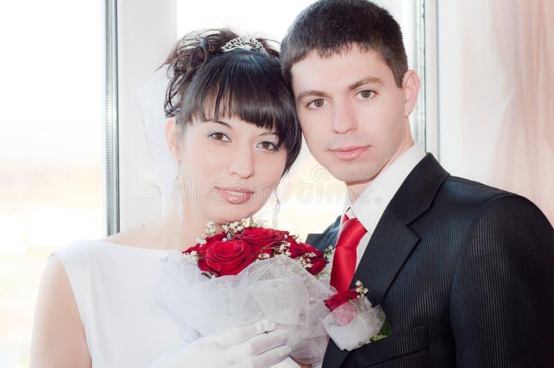 ζευγάρι παντρεμένο πρόσφα&tau στοκ εικόνες
