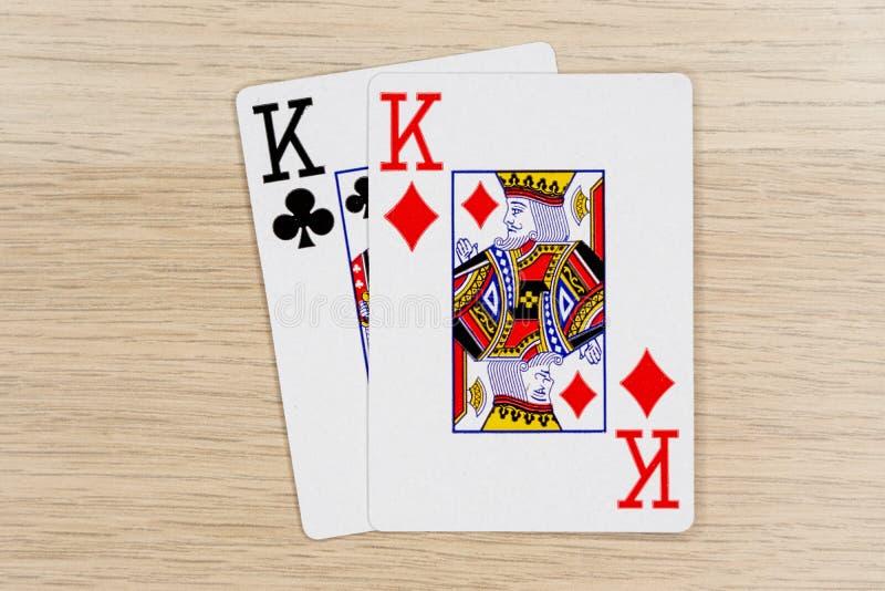 Ζευγάρι των βασιλιάδων - κάρτες πόκερ παιχνιδιού χαρτοπαικτικών λεσχών στοκ φωτογραφία με δικαίωμα ελεύθερης χρήσης