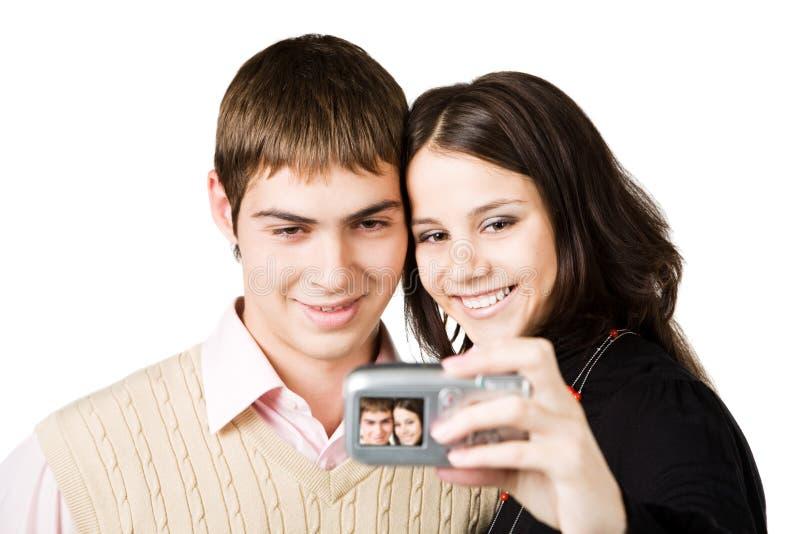 ζεύγος που κάνει τη φωτο& στοκ φωτογραφία με δικαίωμα ελεύθερης χρήσης