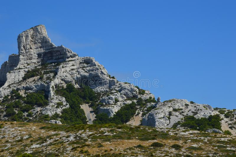 Ζουμ στα βουνά γύρω από τη Μασσαλία στοκ φωτογραφίες